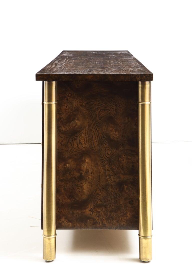Mastercraft Nine-Drawer Dresser with Brass Hadware For Sale 5