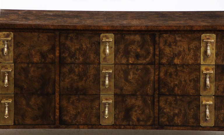 Late 20th Century Mastercraft Nine-Drawer Dresser with Brass Hadware For Sale