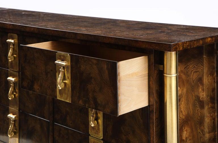 Mastercraft Nine-Drawer Dresser with Brass Hadware For Sale 2
