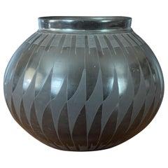 Mata Ortiz Geometric Blackware Vase by David Ortiz