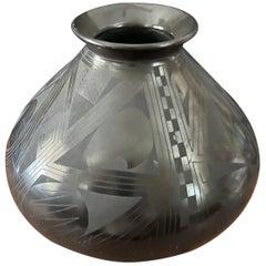 Mata Ortiz Geometric Blackware Vase by Octavio Andrew