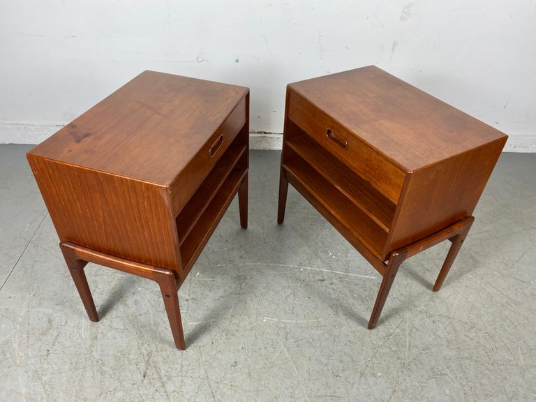 Mid-20th Century Matched Pair 1-Drawer Teak Nite Stands Made in Denmark by Asbjørn-Mobler For Sale