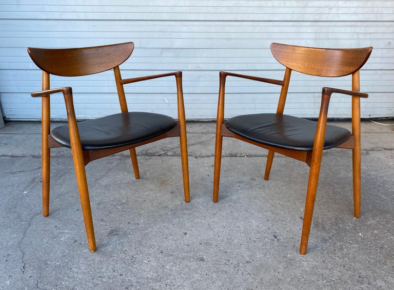 Mid-20th Century Matched Pair of Armchairs by Harry Østergaard, Denmark, Early 1960s For Sale