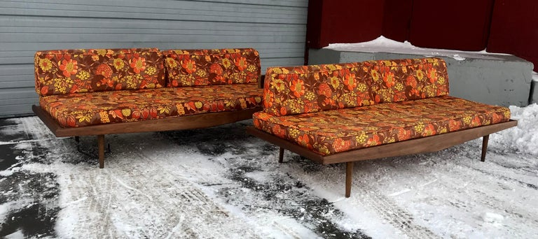 Matched Pair of Modernist Daybeds Designed by Adrian Pearsall For Sale 3