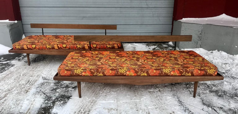 Matched Pair of Modernist Daybeds Designed by Adrian Pearsall For Sale 7