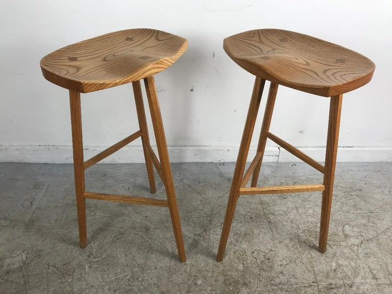 Matched Pair of Modernist Stools, Bench Made, Rochester Folk Art Guild In Good Condition For Sale In Buffalo, NY