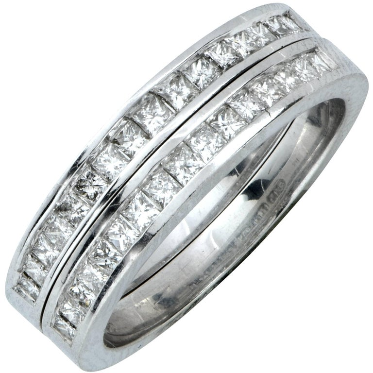 Matching 1.25 Carat Diamond Wedding Band Set For Sale