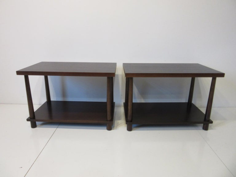 Mid-Century Modern Matching Pair Side Tables / Nightstands by T.H. RobsJohn Gibbings for Widdicomb  For Sale