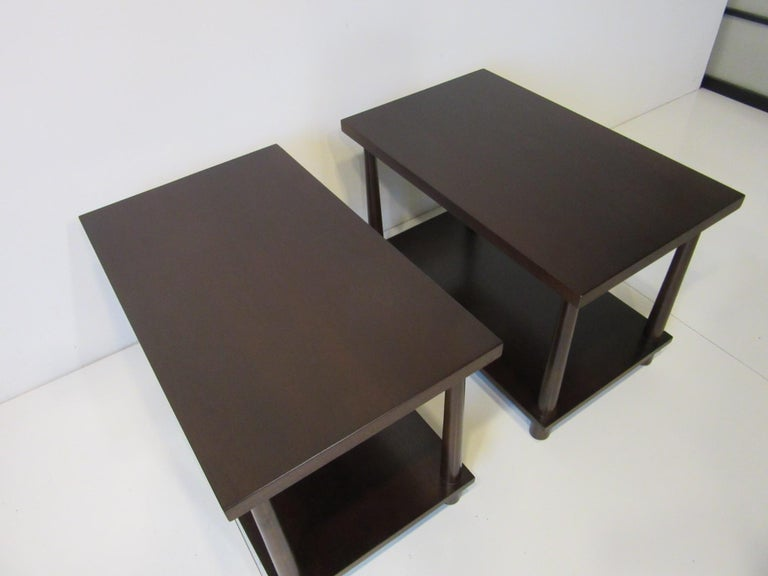 Matching Pair Side Tables / Nightstands by T.H. RobsJohn Gibbings for Widdicomb  In Good Condition For Sale In Cincinnati, OH
