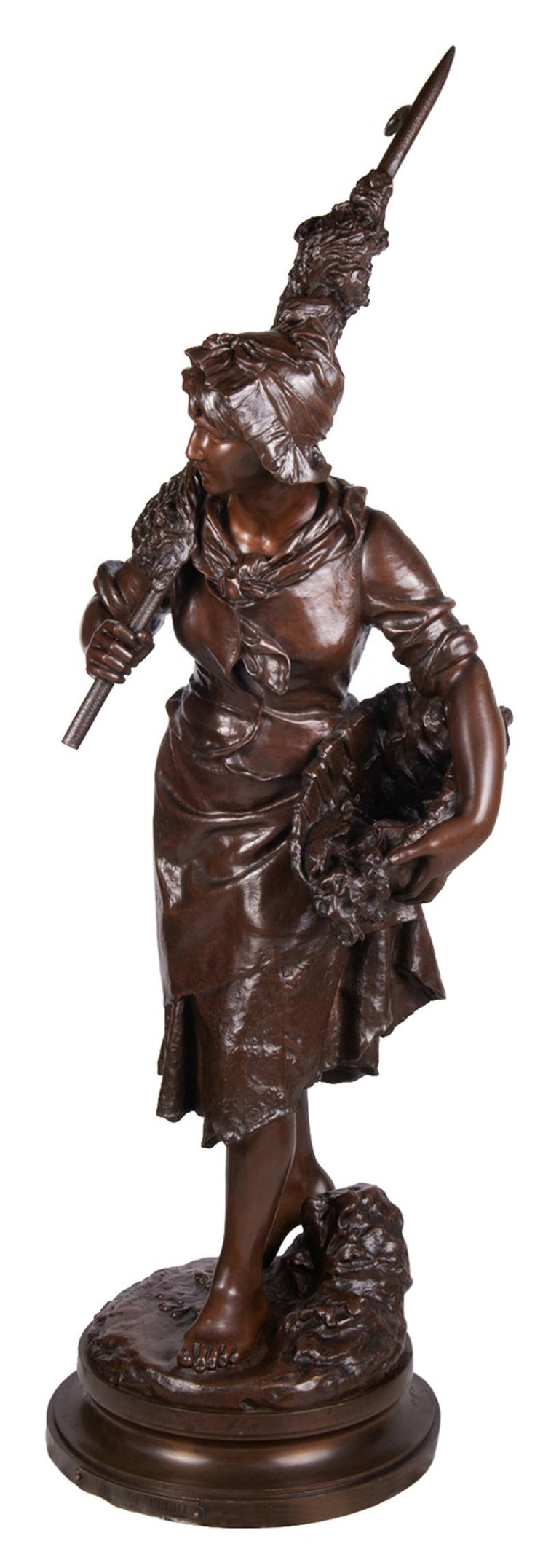 A very good quality late 19th century French bronze statue entitled 'Return from fishing' Signed: Math. Moreau  Signed Math Moreau.  Mathurin Moreau born 1822, died 1912.  The eldest son of sculptor and painter Jean-Baptiste Moreau, and