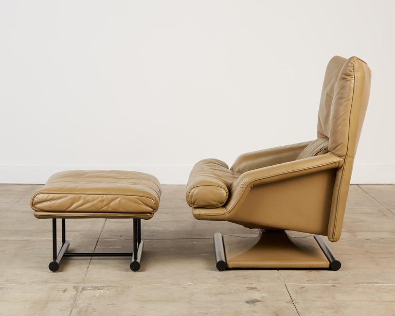 Post-Modern Mathias Hoffmann for Rolf Benz Leather Lounge Chair and Ottoman For Sale