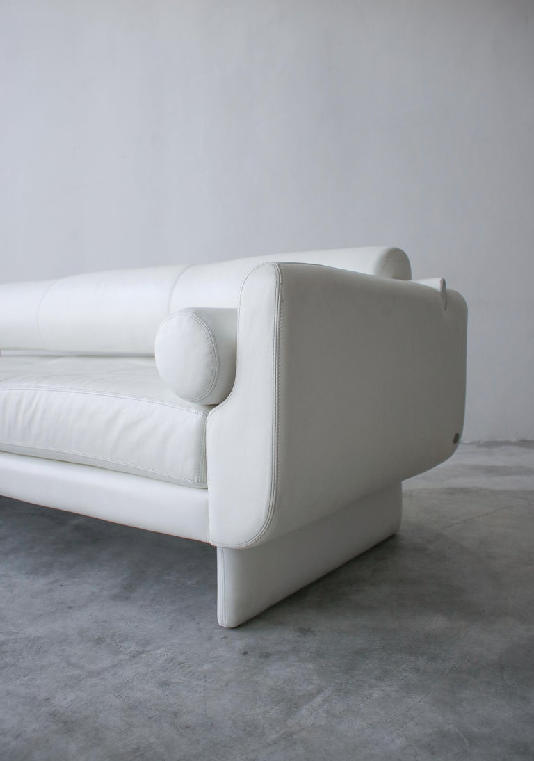 Post-Modern Matinee Sofa Daybed by Vladimir Kagan for American Leather For Sale