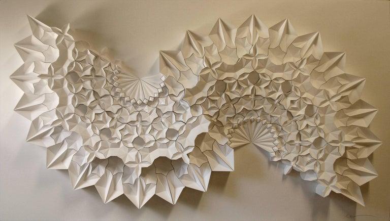 Ara 211 v2 - Sculpture by Matt Shlian