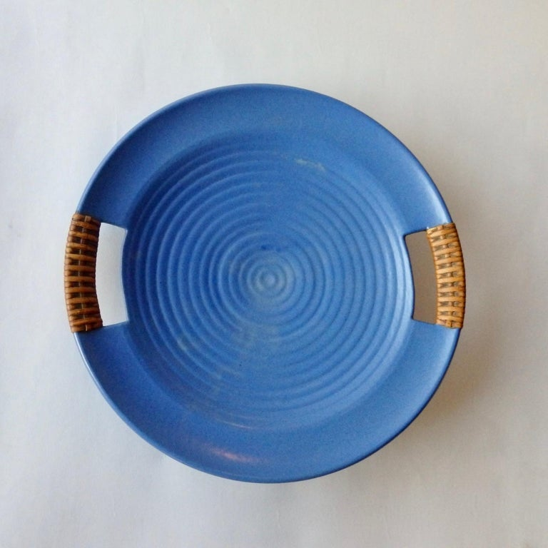 Matte Blue Glaze Telmarck California Modern Pottery Serving Tray In Good Condition For Sale In Ferndale, MI