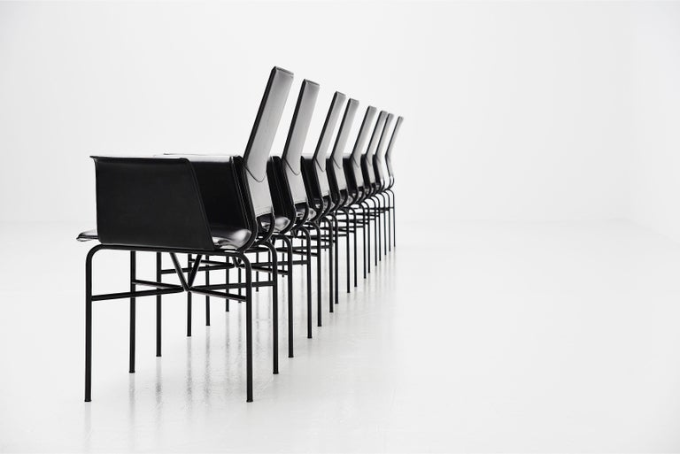 Mid-Century Modern Matteo Grassi Dining Chairs Black Leather, Italy, 1975 For Sale