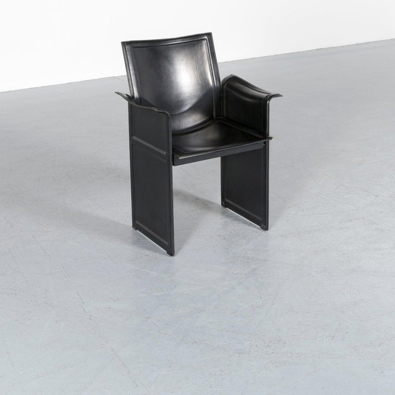 Maetteo Grassi Korium KM1 leather chair with black leather chair in a modern design made for pure comfort.
