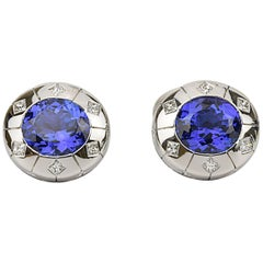 Matthew Cambery 18 Karat White Gold Oval Tanzanite 13.29 Carat Diamond Cufflinks