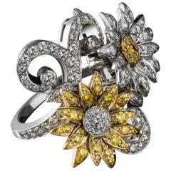 Matthew Cambery 18 Karat Yellow and White Diamonds En Tremblant Flower Ring