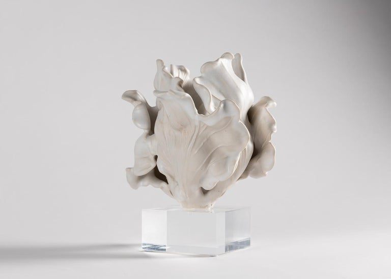 American Matthew Solomon, Tulip Sculpture on a Lucite Base, United States, 2019 For Sale