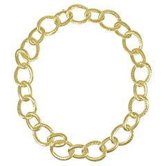 Matthia's & Claire 18k Yellow Gold Hammered Links Necklace