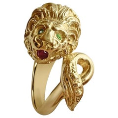 Matthia's & Claire Etrusca Emerald and Ruby Lion 18 Karat Solid Yellow Gold Ring