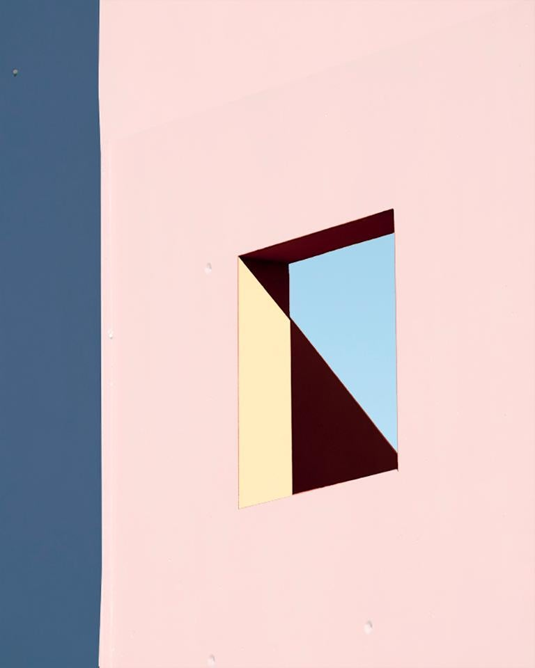 Matthieu Venot Color Photograph - N°7, Illusions series (Close-Up Photography)