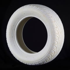 Spinta Tire