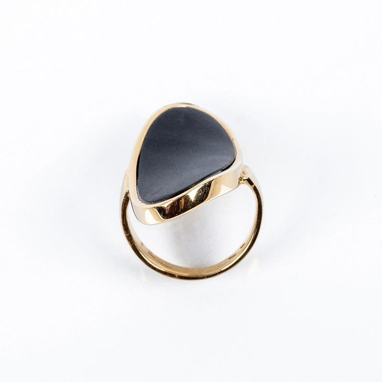Contemporary Mattioli Hiroko Collection 18 Karat Gold Ring and Onyx For Sale
