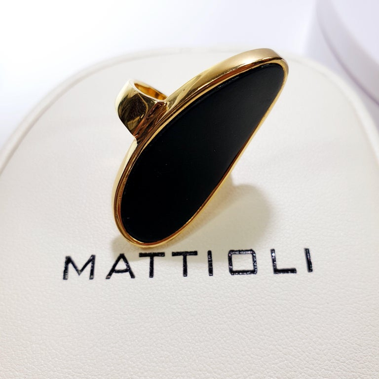 Mattioli Hiroko Collection 18 Karat Gold Ring and Onyx In New Condition For Sale In Bilbao, ES