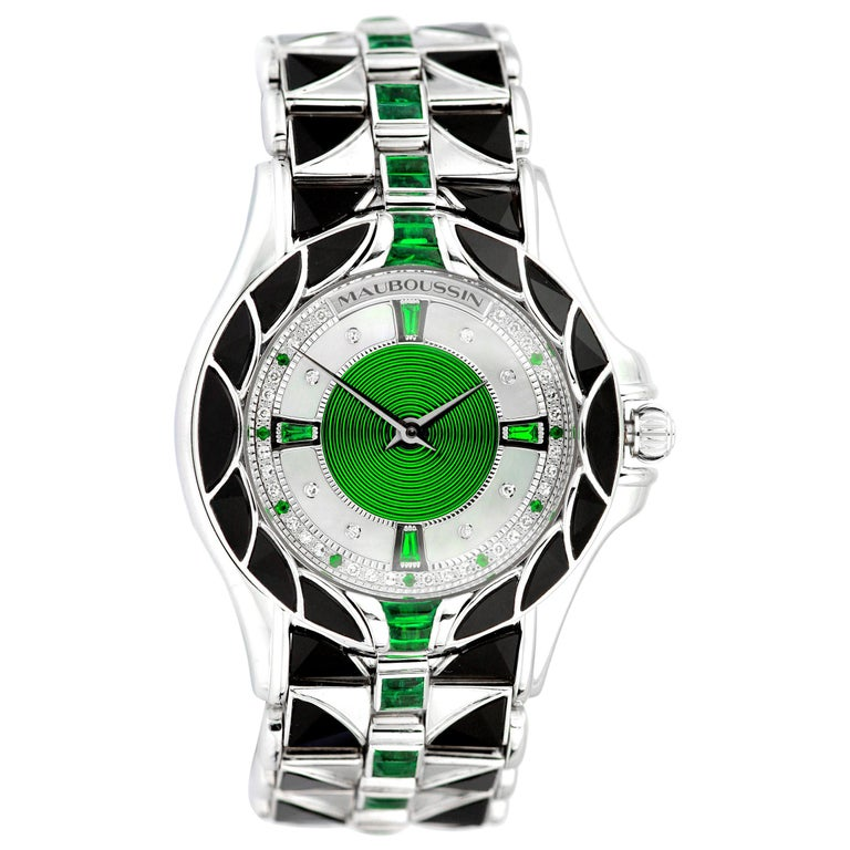 Mauboussin, Retro, Diamond and Emerald Watch in 18 Carat White Gold, Automatic For Sale