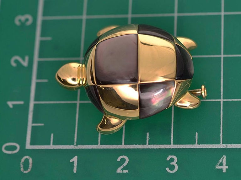 Mauboussin 18 Karat Yellow Gold Turtle Brooch Black Shell For Sale 1