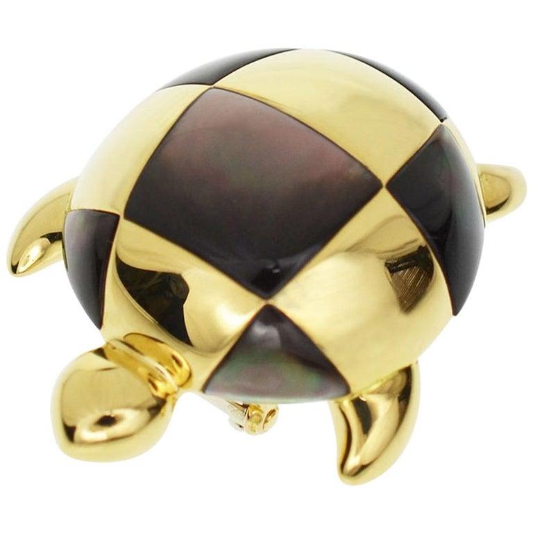 Mauboussin 18 Karat Yellow Gold Turtle Brooch Black Shell For Sale