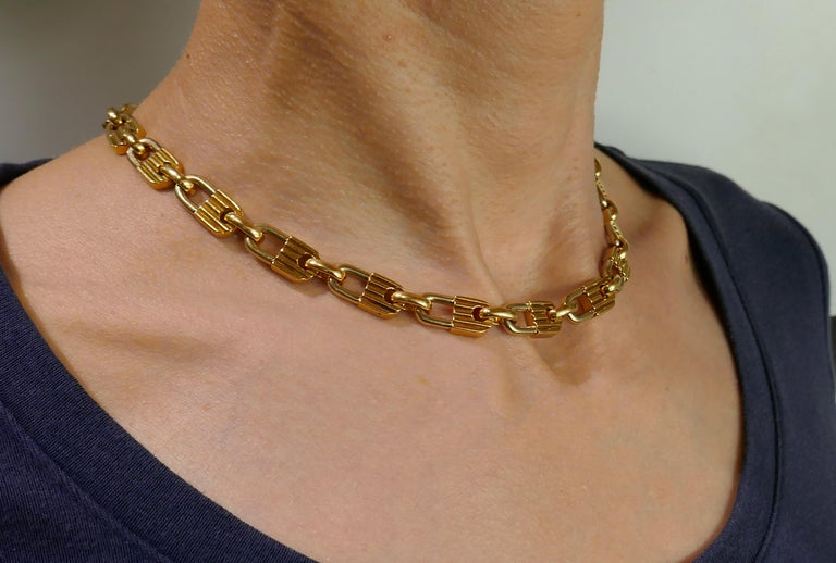 Mauboussin Yellow Gold Link Chain Necklace, 1970s French In Good Condition In Beverly Hills, CA