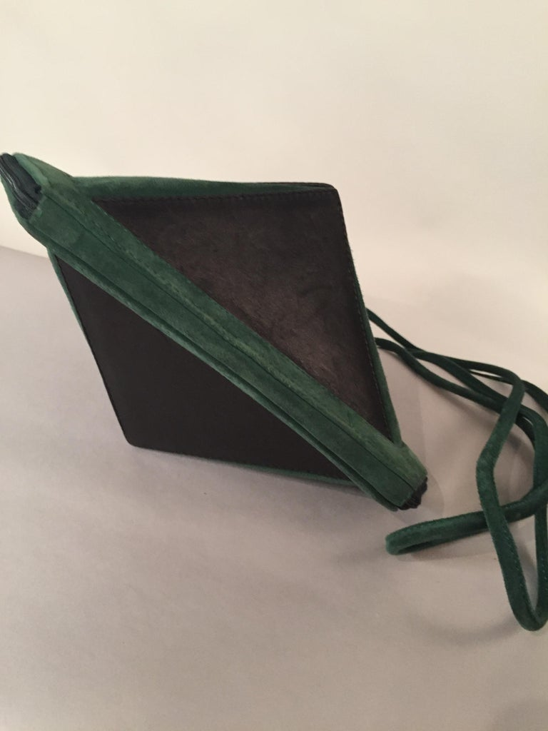 Maud Frizon Architectural Black Leather and Green Suede Shoulder Bag In Excellent Condition For Sale In New Hope, PA