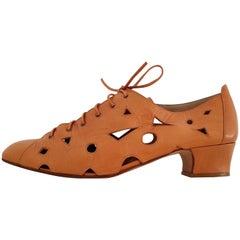 Maud Frizon Caramel Leather Hollowed Design Shoes. Size 10
