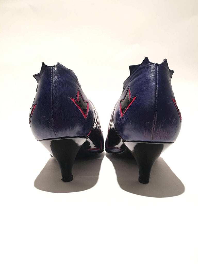 Maud Frizon Purple Pumps In Good Condition For Sale In Los Angeles, CA