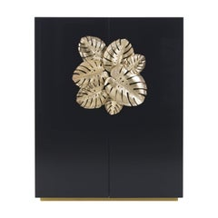 Maui Cabinet in Wood by Roberto Cavalli