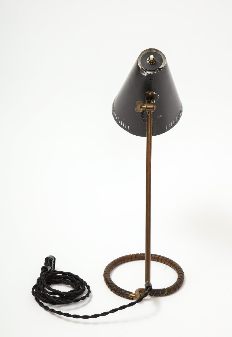 Metal Mauri Almari Model K11-15 Table Lamp, Finland, circa 1950s For Sale