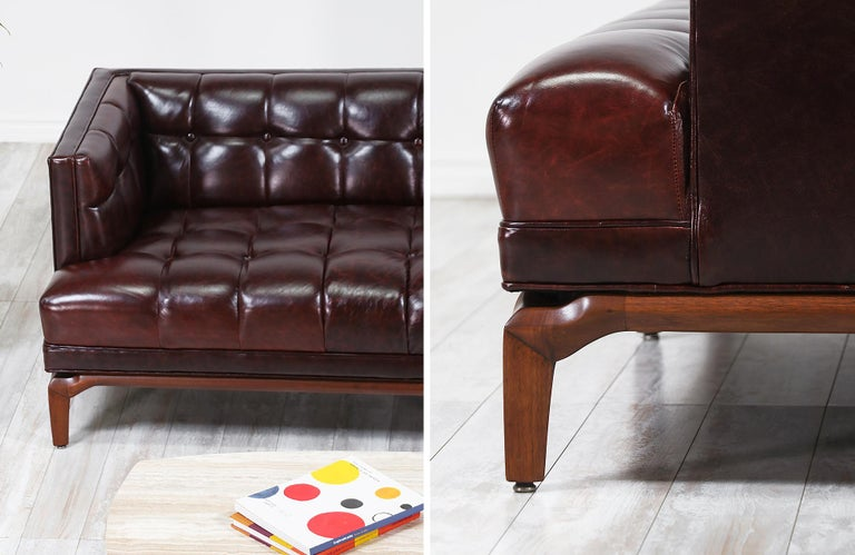Maurice Bailey Biscuit-Tufted Leather Sofa for Monteverdi-Young For Sale 3