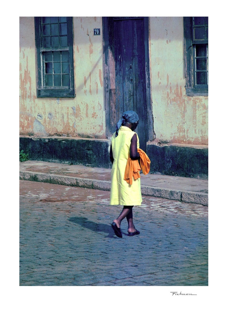 Mauro Fichman Color Photograph - Lady in yellow