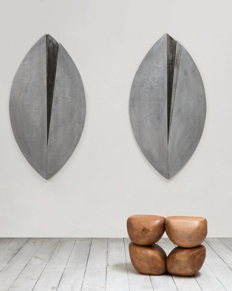 Each of Mauro Mori's pieces is sculpted and carved from solid blocks of natural matter. Often, they are tooled in their places of origin. The plasticity of the materials, the relief work on them and the intended and evident craftsmanship constitute