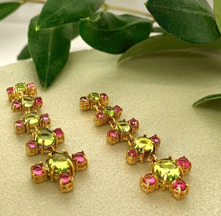 Maviada's 18 Karat Gold Plus and Drop Earrings, Blue Topaz and Green Peridot For Sale 3