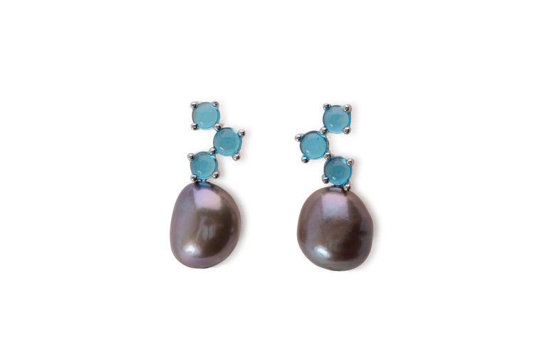 Contemporary Maviada's Cavallo White Baroque Pearl London Blue Topaz 18k Yellow Gold Earrings For Sale