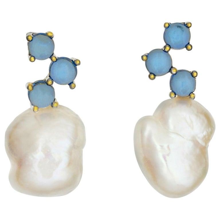 Maviada's Cavallo White Baroque Pearl London Blue Topaz 18k Yellow Gold Earrings For Sale