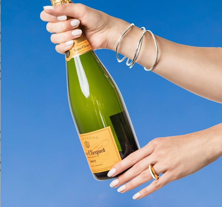 MAVIADA's Modern 18K Gold Minimalism Turquoise Enamel Engagement Cocktail Ring For Sale 5