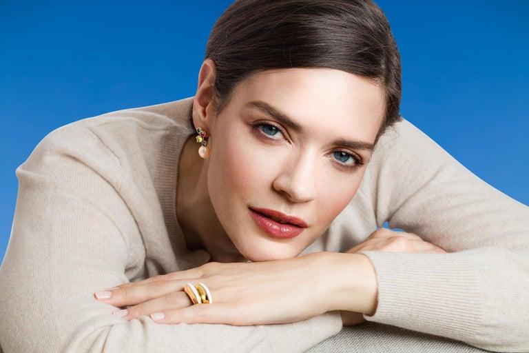 MAVIADA's Modern 18K Gold Minimalism Turquoise Enamel Engagement Cocktail Ring For Sale 2