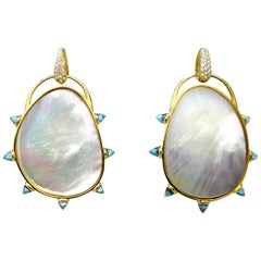 Maviada's Mother of Pearl, 18 Karat Gold Button, Blue Topaz, Large