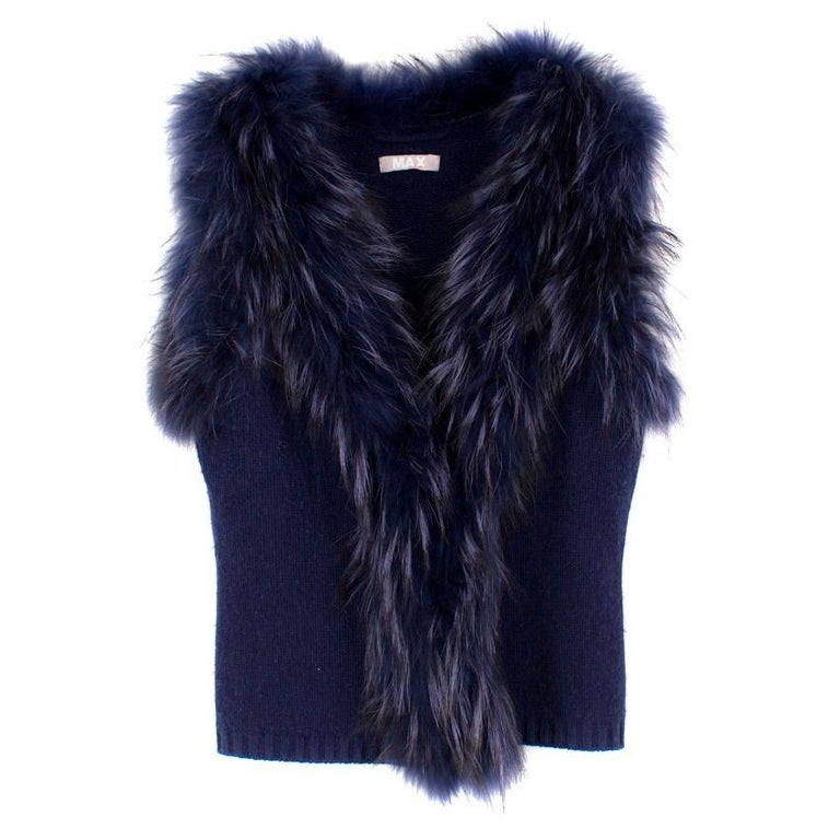 Max by Lederer Cashmere, Wool & Racoon Fur Gilet - Size S For Sale 5
