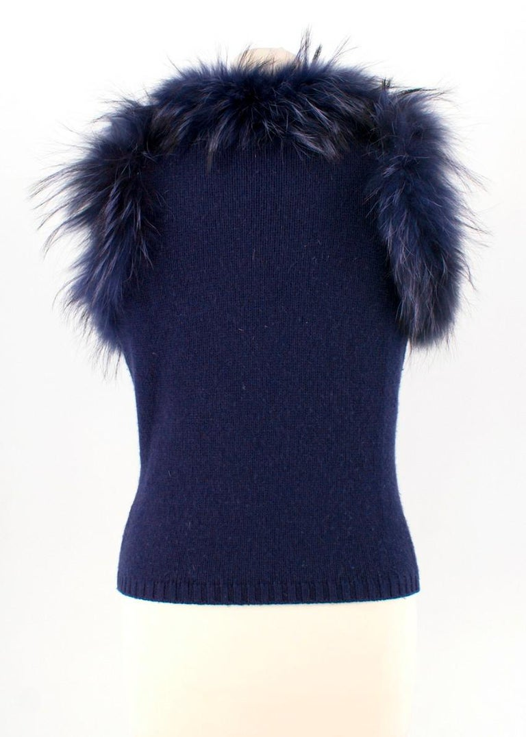 Max by Lederer Cashmere, Wool & Racoon Fur Gilet - Size S In Excellent Condition For Sale In London, GB
