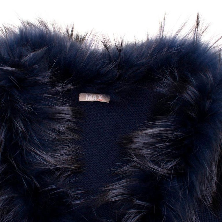 Max by Lederer Cashmere, Wool & Racoon Fur Gilet - Size S For Sale 4